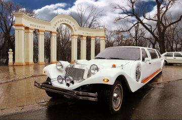 Лимузин EXCALIBUR PHANTOM